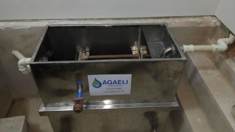 Caixa separadora água óleo
